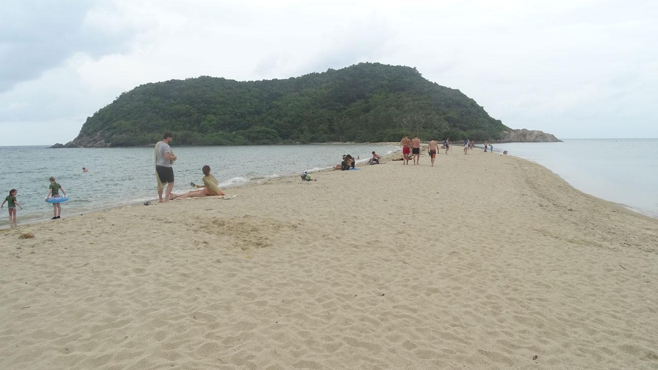 Mae-Haad-Beach-Koh-Phangan