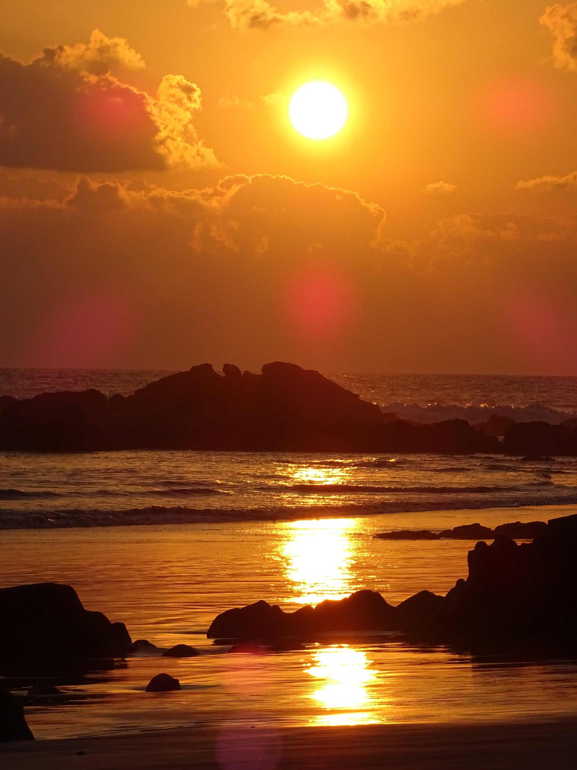 sunset-Santa-Teresa-Costa-Rica