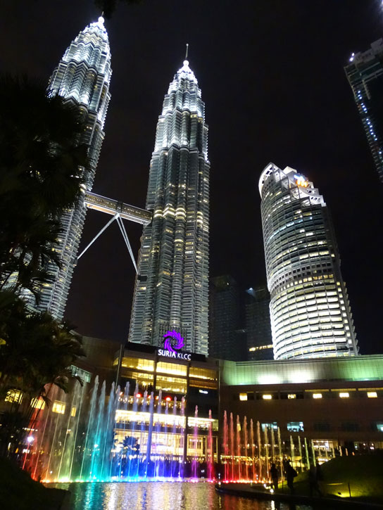 Petrona-Tower-juego-luces