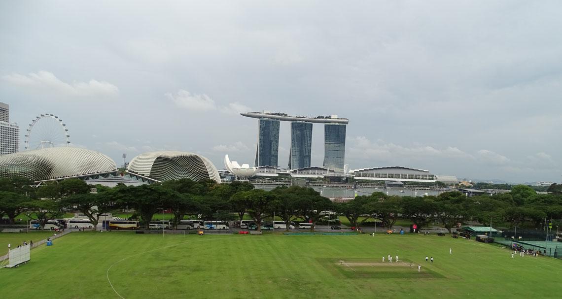 vistas-Padang-Marina-Bay-Hotel