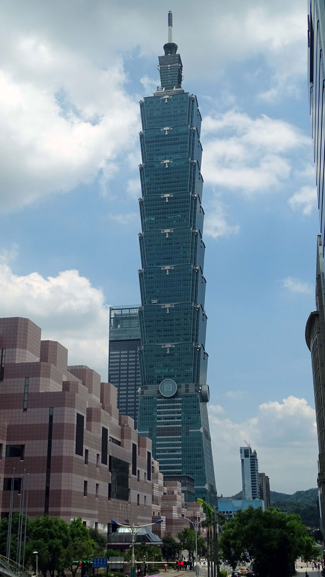 rascacielos-Taipei-101-Maletaready