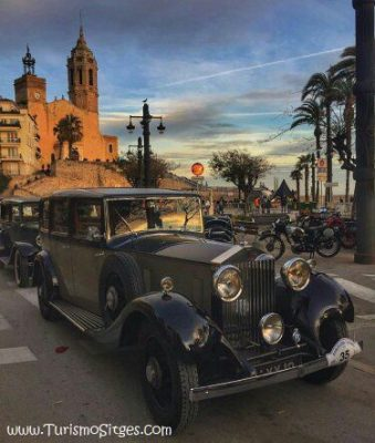 sitges-church-car