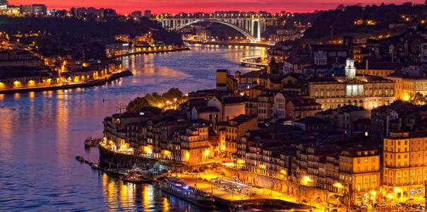 Oporto-night
