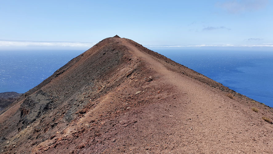 Volcan-Teneguia-cresta
