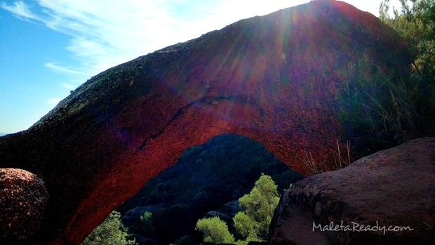 visitar-Roca-Foradada-y-cova-Bruguers
