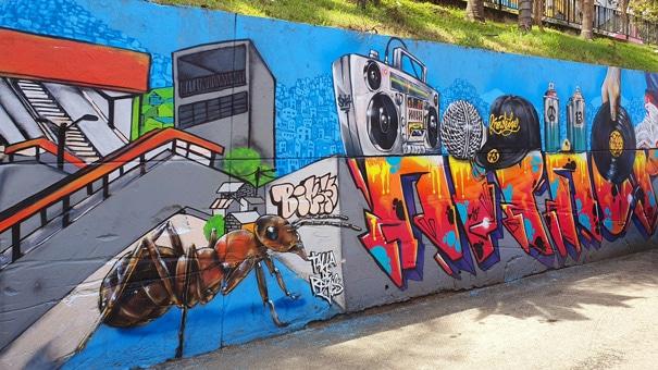 comuna-13-graffiti