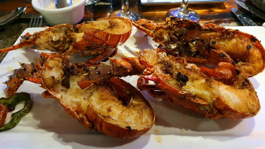 comer-Langosta-en-Dakar
