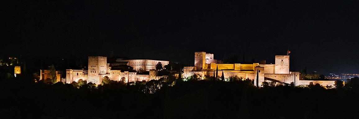 alhambra_de_noche